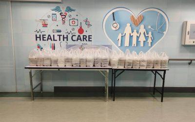 วันที่ 29 กันยายน 2564 สำนักงานสาธารณสุขจังหวัดนนทบุรี' บริจาคข้าวกล่อง จำนวน 148 กล่อง ให้กับบุคลากรทางการแพทย์ และเจ้าหน้าที่โรงพยาบาลศูนย์บริการการแพทย์นนทบุรี